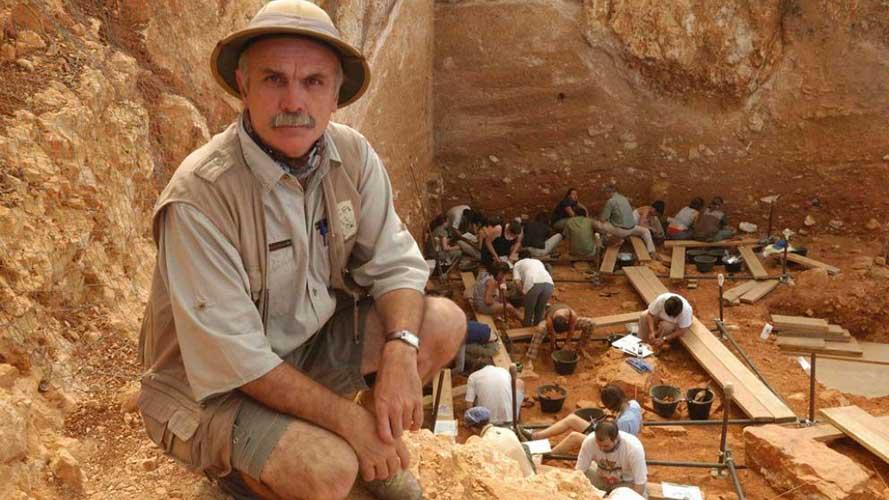 Equipo  Científico del Área de Prehistoria de la URV encabezado por Eudald Carbonell.