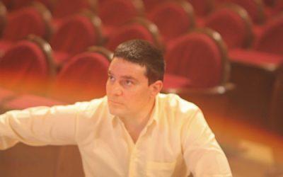 El poeta Aarón García galardonado en los Premis Ones 2021