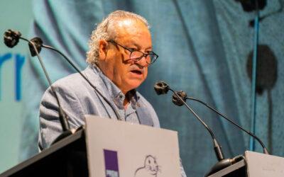 """Ángel Juárez recibe el reconocimiento """"Uno de los nuestros"""" de la Plataforma Nacional por los Derechos Gitanos"""